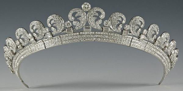 Diadième en diamants Cartier