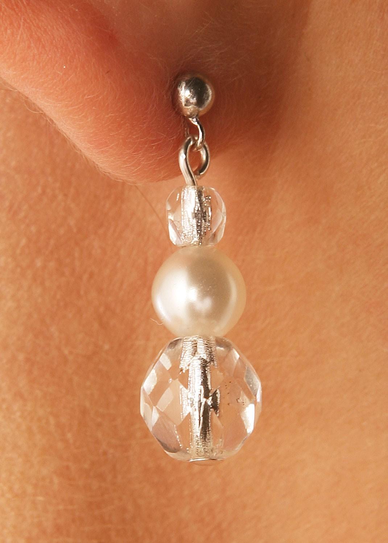 boucles d 39 oreilles mariage argent es ou cr me avec perles cascade argent princesse d 39 un jour. Black Bedroom Furniture Sets. Home Design Ideas