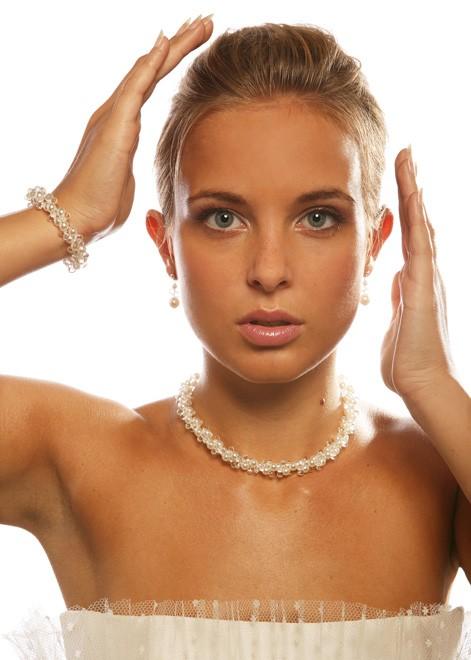 collier de mariage en perles estella blanc princesse d 39 un jour. Black Bedroom Furniture Sets. Home Design Ideas