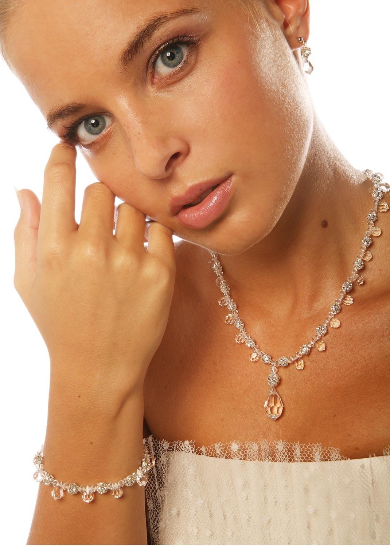 parure bijoux mariage glamour princesse d 39 un jour. Black Bedroom Furniture Sets. Home Design Ideas