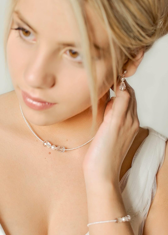 collier de mariage l gant mila princesse d 39 un jour. Black Bedroom Furniture Sets. Home Design Ideas
