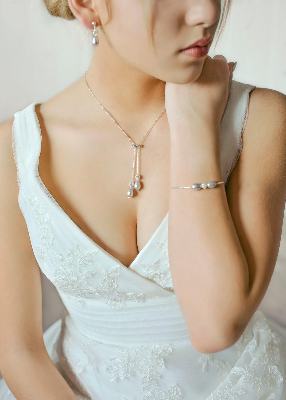 Collier mariée Jasmine gris perle