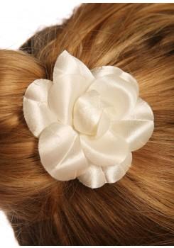Pic cheveux mariage Camélia Satin