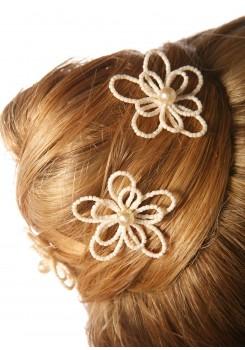 Pics cheveux mariage Flora